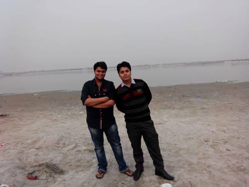 Himanshu Manglani (Right)